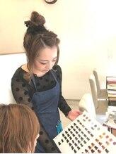 ヘアカラーカフェ(HAIR COLOR CAFE)亜紗美