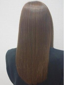 ヘアメイク グラント(HAIR MAKE GRANT)の写真/【縮毛矯正が得意なサロン】あなたに合わせて作るダメージの少ないうるツヤ美髪♪自然な毛流れに仕上げます