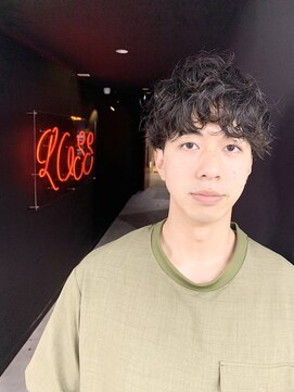 アブアイロス(LOSS)【stylist/shogo】波打ちマッシュ