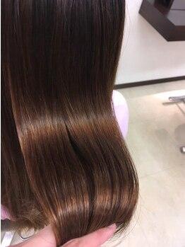 ラグゼ ヘア カミヤ luxe hair CAMIYA 掛川店の写真/【自分の髪がもっと好きになる♪】繰り返してもキレイが続くダメージレスな施術が◎地毛のような柔らかさに