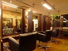 ヘア サルーン マイア 町田駅店(hair saloon maia)の雰囲気(落ち着きのある煉瓦造りでヨーロッパ調(^^))