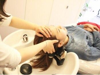 バンブーカーム 八柱店の写真/スパニストによるプロの技をあなたに♪一人ひとり異なるパーソナルSpaで美しい髪・地肌へ!!