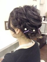 ヘアーラボ フレイバ(Hair Lab FLAVA)差をつける☆おしゃれ編み込みのアップスタイル