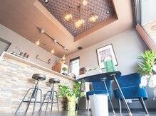 デザインスペースプリズム(Design Space PRISM)の雰囲気(Barを漂わせるカウンターと味のあるライトで癒しの空間*)