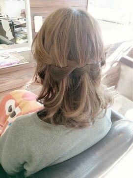 結婚式 髪型 ミディアム ヘアアレンジ オーロラアレンジ☆☆
