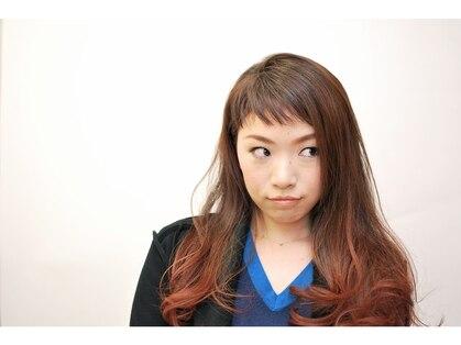 ヘアーズレイアウト(hair's ray out)の写真