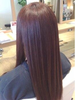 ハブコヘアスパ(HaBCo hair spa)の写真/《ノンシリコンオーガニックカラー》自然由来成分89%で実現する上質な色味と艶、そしてなめらかな手触り*