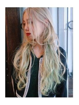 ランド(LAND)Paris girly dreamy cream blonde