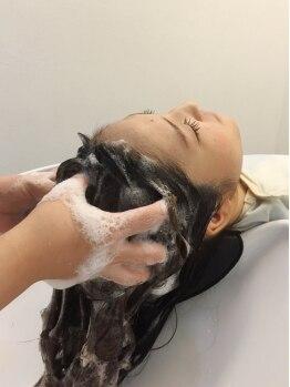 ジールステージ スリー(ZEAL STAGE-3)の写真/あなたの「頭皮環境」を万全サポート!熟練スタッフの頭皮ケアは、女性だけでなく男性の方にもおススメ★