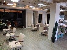 ソラ ヘアデザイン 別府店(Sora Hair Design)の雰囲気(ゆとりある空間で綺麗になるお手伝い致します★)