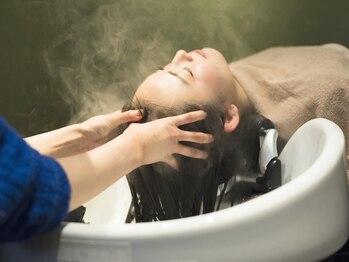 リル ヘアーアンドスマイル(LiL HAIR&SMILE)の写真/ALORB導入♪頭皮・髪の状態に合わせて調合する薬剤と選べるアロマの香りで心地いい癒しのご褒美timeを*