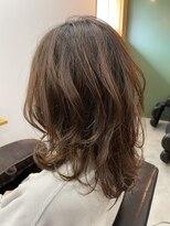 ウルヘアイーズ(ulu.hair ease)ミディアムレイヤー