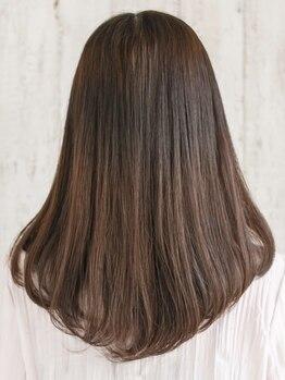 ルーチェココ(Lu'ce coco)の写真/技術の違いがはっきり出る縮毛矯正★しっかりとクセを伸ばしながらツヤと潤いをキープする技術力!