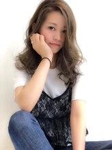 ビス 下曽根店(hair&make Bis!)【Bis!下曽根/担当:石川】透明感抜群☆クリアカーキグレージュ