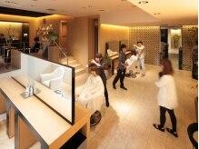 セリオサカエ(SERIO SAKAE)の雰囲気(セットfloorとカラーcornerが分けられている等、空間を贅沢使用)