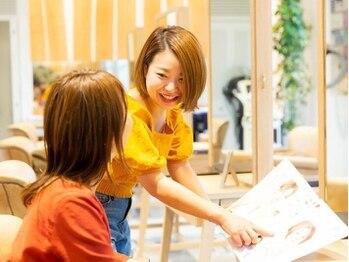 アドラーブル 万代店 (adorable)の写真/似合わせのプロが創る女性目線で惹き出す小顔スタイル☆キレイを叶える高技術力、ハイセンスなデザインが◎