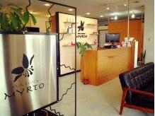 ヘアーデザイン ミルト(HAIR DESIGN MYRTO)の雰囲気(明るくて広い店内でお出迎えします♪)