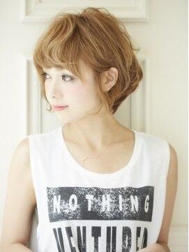 ひし形ショートボブ 髪型 ヘアスタイル アクミィ(Acmi)ゆるふわくせ毛風ショート