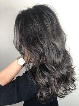 クレアール ブローテ(CREAR brote)の写真/流行の3Dカラーやハイライトは【CREARbrote】にお任せ!髪に透明感をプラスして振り返られるような美髪に♪