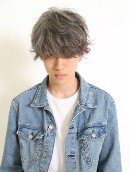 ジェクイン(dekujin)の写真/男性でも居心地が良いサロンで新しい自分に★女性スタイリストが提案するメンズスタイルは好感度UP!
