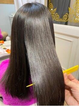 ブレスヘアーデザイン(BLESS HAIR DESIGN)の写真/キューティクルを整えながら、髪本来のやわらかさをキープ!!根元から毛先まで憧れのツヤ髪を手に入れて☆