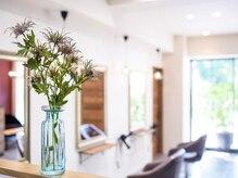ブルーム ヘア デザイン(bloom hair design)の雰囲気(温かな空気感の快適な空間で過ごしやすさ◎)