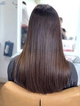 トゥエンティーフォー 和泉店(24)の写真/真っ直ぐなストレートから自然な仕上がりまであなた好みに♪ダメージを最小限に抑え、みずみずしい艶髪へ…