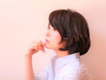 """ヘアーサロン ソル(HAIR SALON SOL)の写真/高いカット技術で""""美シルエット""""☆抜群の再現性で、いつでも髪が艶やかで美しい、素敵な女性へと導きます。"""