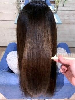 ヘアースペース トーク(hair space TAL'KE)の写真/hair space TAL'KEこだわりのトリートメントで[しっとりまとまる柔らか髪]を、触るたびに実感して!