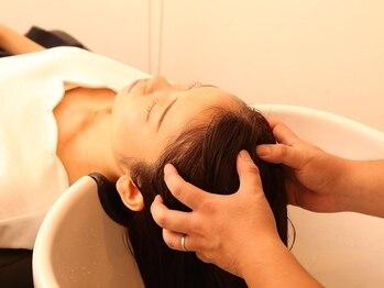ウォーカーズ(WALKERS)の写真/疲れた頭皮の血行促進・頭皮環境の改善で、健康で美しい美髪に♪毎日頑張る自分へのご褒美に☆