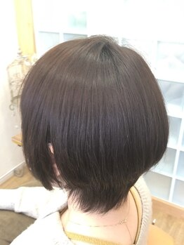 ニューヘアー(New Hair)の写真/新メニュー《mokumokuto》導入!!植物生まれの髪に優しいカラー剤で、グレイカラーもお洒落に楽しむ♪
