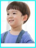 キッズカット・3歳男の子カット・前髪パッツン・トップ長め重め