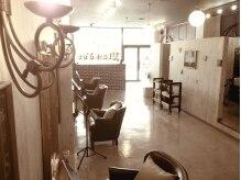エランドール(Elan d'or)の雰囲気(ゆったりとした店内。アンティーク風に包まれ優雅な気分に。。。)
