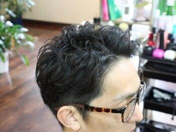 ラグヘアーデザイン(RAG hair design)の写真/【カット+スパ¥5300】周りと一味違うスタイルはON/OFFどちらもキマる!+ヘッドスパで至福のひと時を…