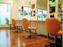 ヘアサロン あんず(Hair Salon)の雰囲気(シンプルなつくりなので緊張せずにすごせます♪)