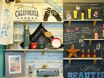 ビィーハ(BeHA)の写真/西海岸リゾートの風と空気をイメージしたこだわりの店内は、自然とリラックス出来る穏やかな空間に♪
