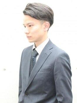 グリッド(GRID)の写真/オン・オフの切り替え上手♪ギャップを活かして、雰囲気をがらりと変えた二刀流メンズヘアスタイル!!