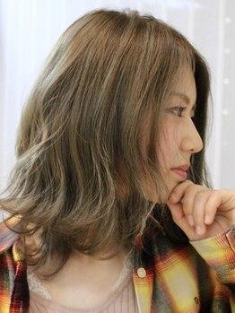 美容室 フラット(FLAT)の写真/あなたの『なりたい』を叶えるサロン《FLAT》。髪質や骨格に合わせた提案であなたに素敵なスタイルを提供♪