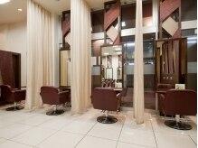 スタイルクリエイター 水戸店(Style Creator)の雰囲気(開放感のあるサロンスペース♪カーテンで仕切り、個室風にも☆)