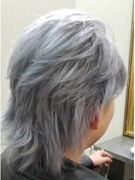 メンズシルバーカラー L010510587 髪こうぼうのヘアカタログ