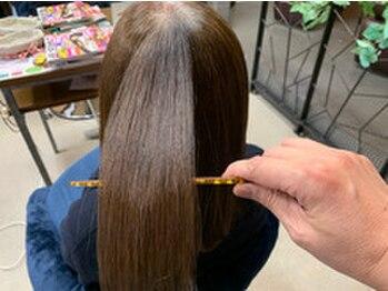 """マノアマノデュオ(mano.a.mano Duo)の写真/""""ストレートトリートメント""""で美髪チャージ!髪を改善しながらうねりを抑え、理想の艶・ハリ・コシが叶う♪"""