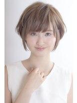 アミィヘアー(Ami Hair)ナチュラルショート×抜け感アッシュ