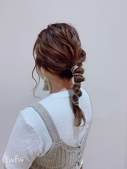 イコ ヘアー デザイン(ICO hair design)の写真/お出かけ前のちょっとしたお洒落アレンジもお任せください!