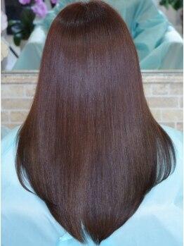 ソヨヘアー(Soyo hair)の写真/【徹底ダメージレス】縮毛矯正は傷むのが当たり前と思っていませんか?毛先から根本まで艶やかにストレート