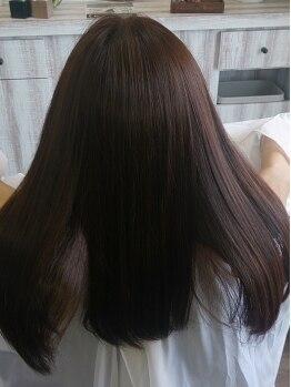 サンテリア(santeria)の写真/毛先までツヤツヤ潤い、何度かけてもダメージレスな《羽衣ストレート》☆トリートメントよりツヤツヤに♪