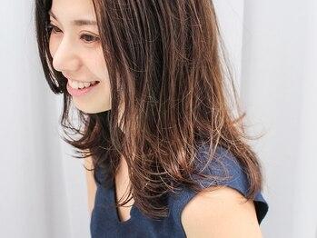 ギャラリアサンク(GALLERIA CINQ)の写真/[千里中央]今まで以上に明るい発色◇白髪をしっかりカバーし、デザイン性も抜群の《優秀グレイカラー》♪