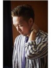 ヘアーモードキクチ 神田日銀通り店【渋さを演出】男なら潔く!攻めの刈り上げでクールかつセクシー