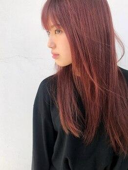 ラズ (Luz)の写真/サラサラ☆自然な縮毛矯正で、まっすぐ過ぎないうる艶ストレートを叶えます♪思わず触れたくなる手触りに◎