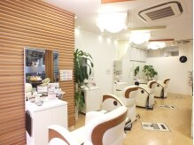 エワル ヘアーサロン(EWALU hairsalon)の雰囲気(寛げるスペースをご用意☆ヘアと癒しの同時施術も可能です。)