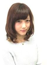 ヘアーアンドメイク ルシア モブ(hair and make LuciA mob)小顔ミディアム hair and make LuciA mob 【ルシア モブ】